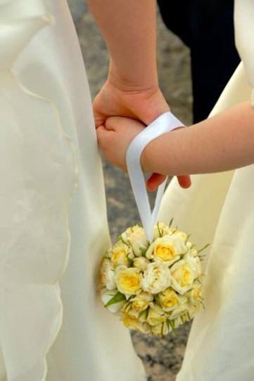 Свадебный букет в форме сумочки