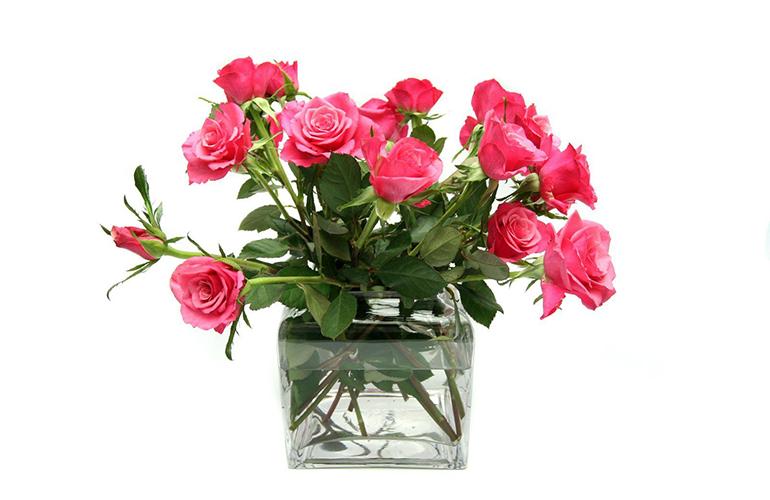 Уход за букетом роз