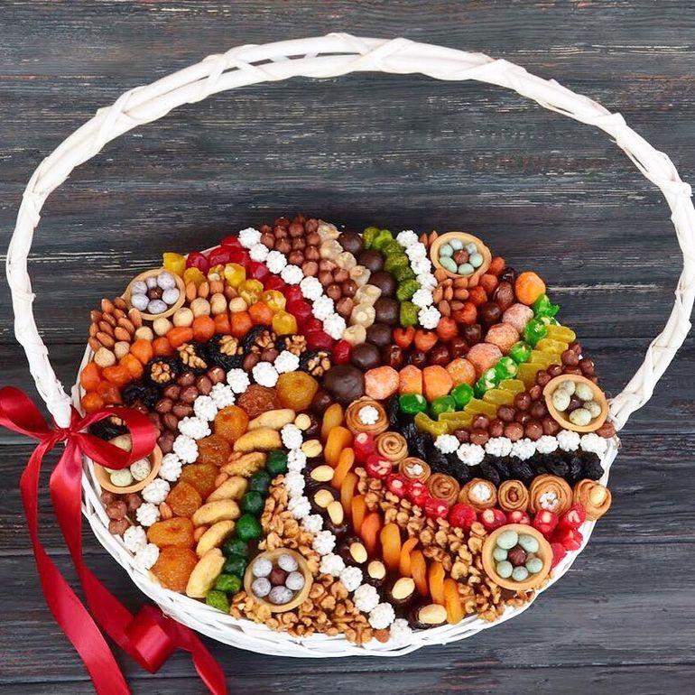 Новогодние букеты из сухофруктов - мозаика