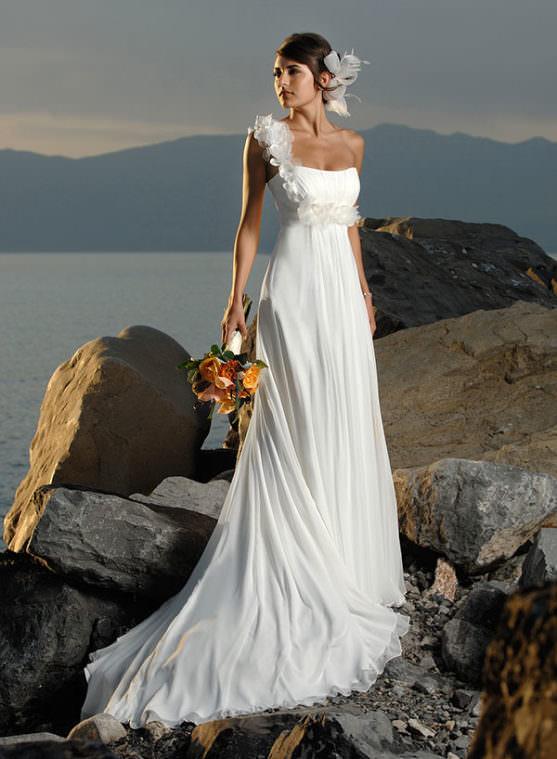 Какой букет подойдёт к определённому стилю свадебного платья