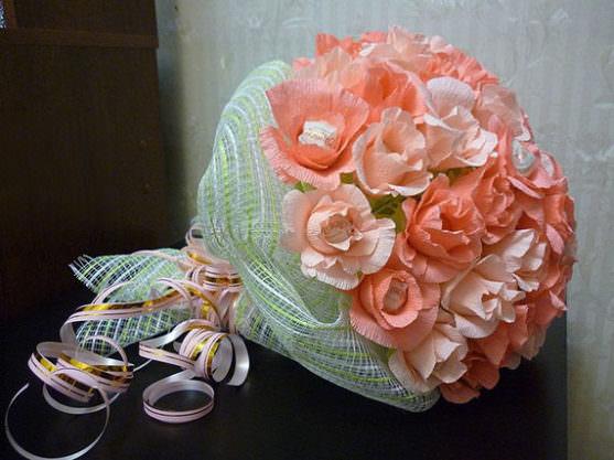 Цветочек в форме цилиндра