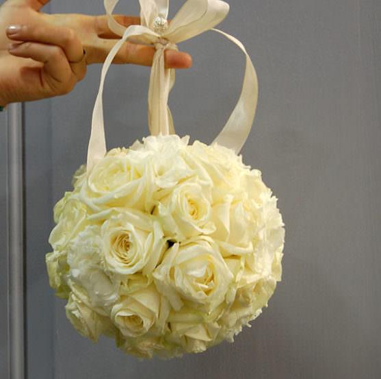 Свадебные букеты в форме шара