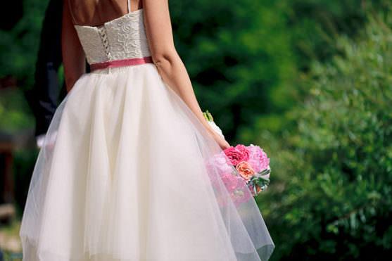 svadebnyj-buket-i-stil-svadebnogo-platya-01