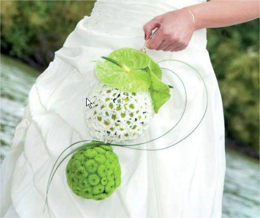 svadebnyj-buket-i-stil-svadebnogo-platya-06