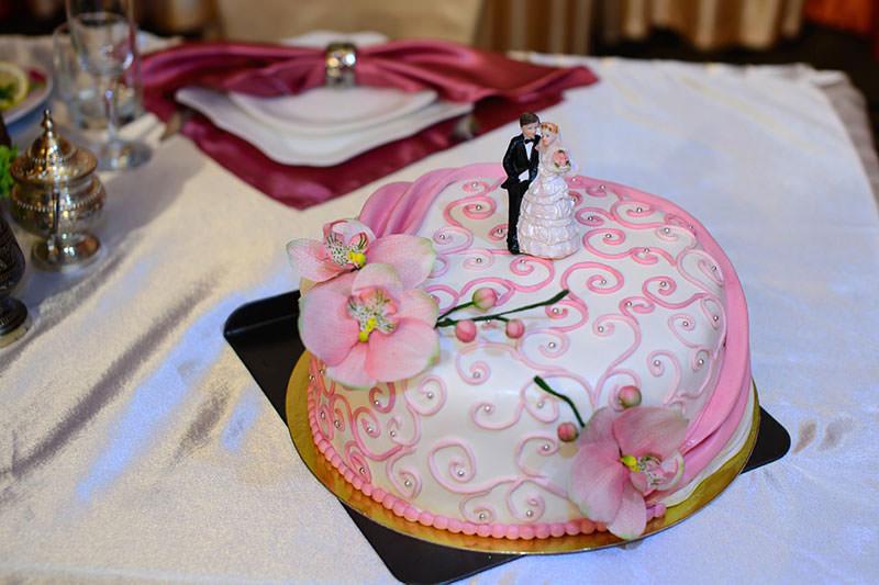 свадебный стол украшение