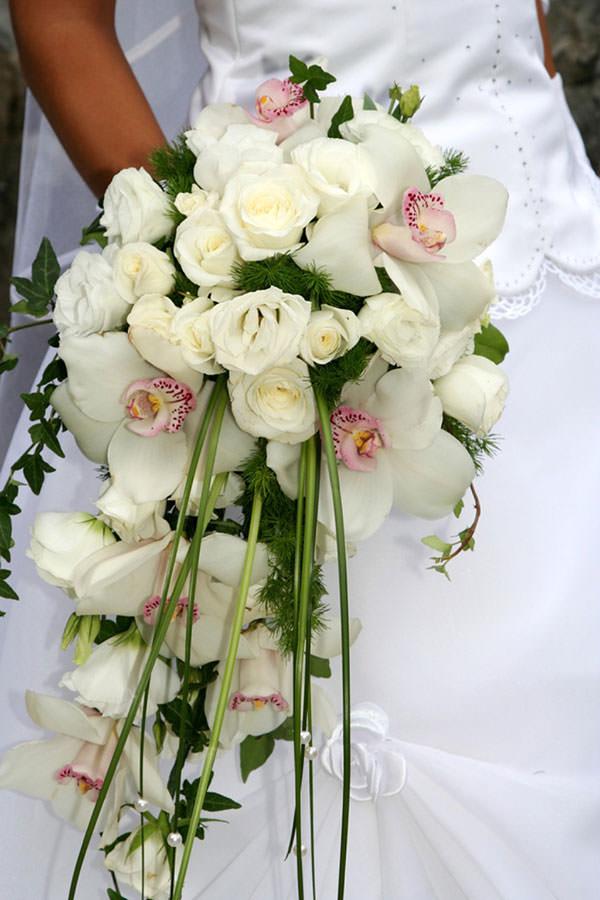 svadebnye-bukety-iz-orhidej-06
