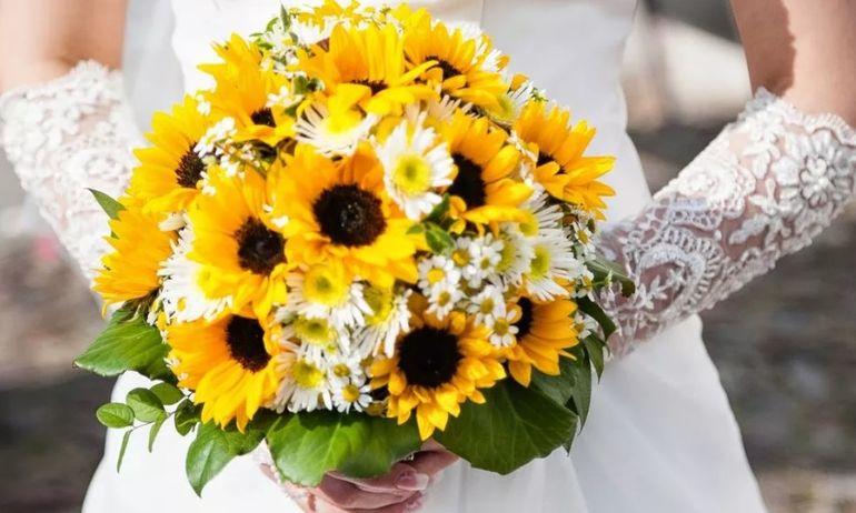 Букет из подсолнухов для невесты