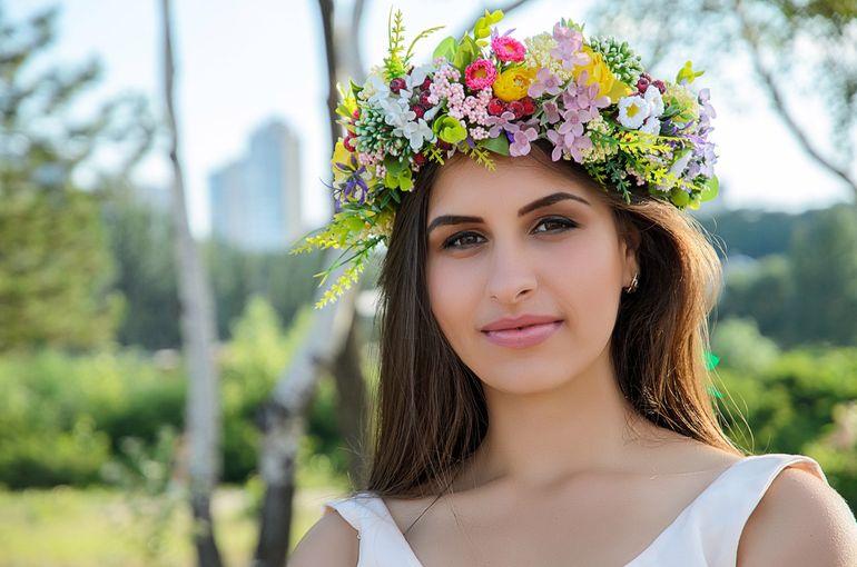 Свадебный венок из полевых цветов