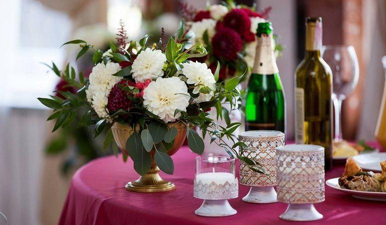 Георгины в декоре свадьбы