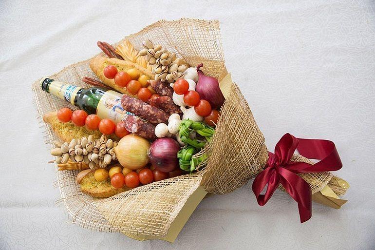Готовый букет из продуктов