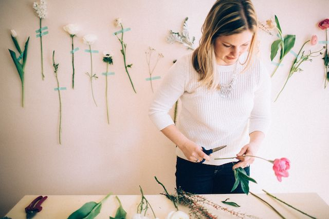 Как сделать букет из пионовидных роз