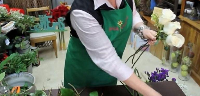 Сборка роз в спиральной технике