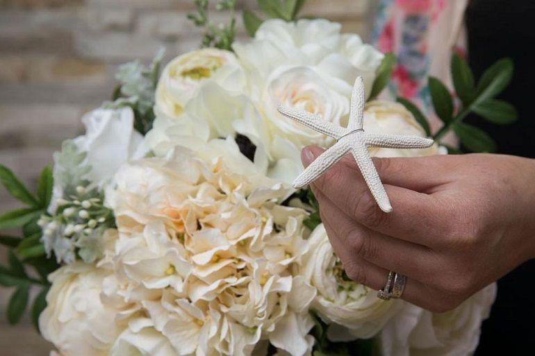 Морская тематика в букете для невесты