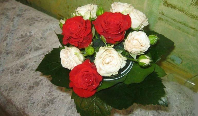 Компановка цветов в букете