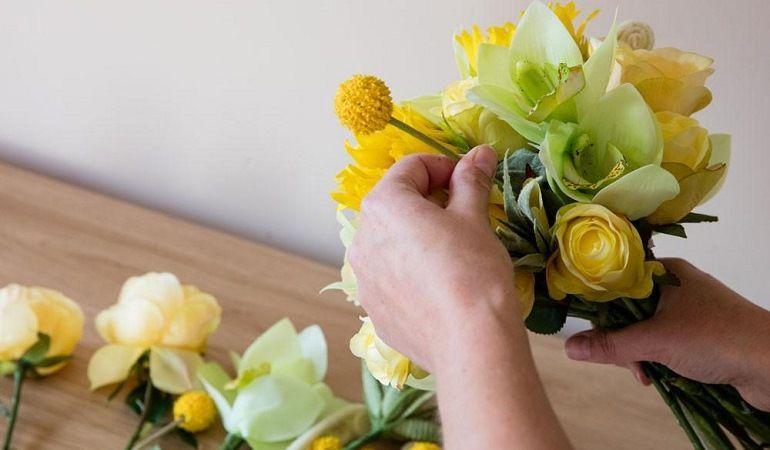 Хавортия и сухоцветы в букете