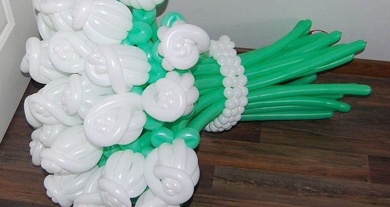 Оригинальные цветы из шариков