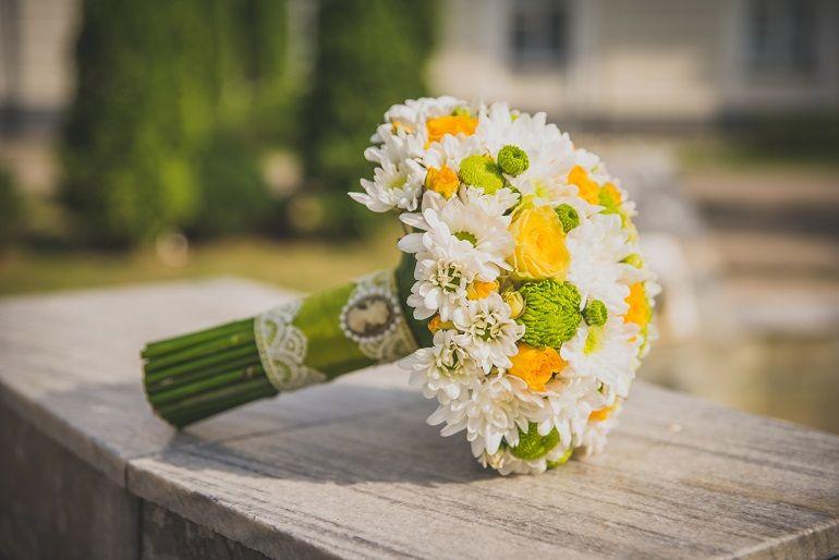 Букет из хризантем