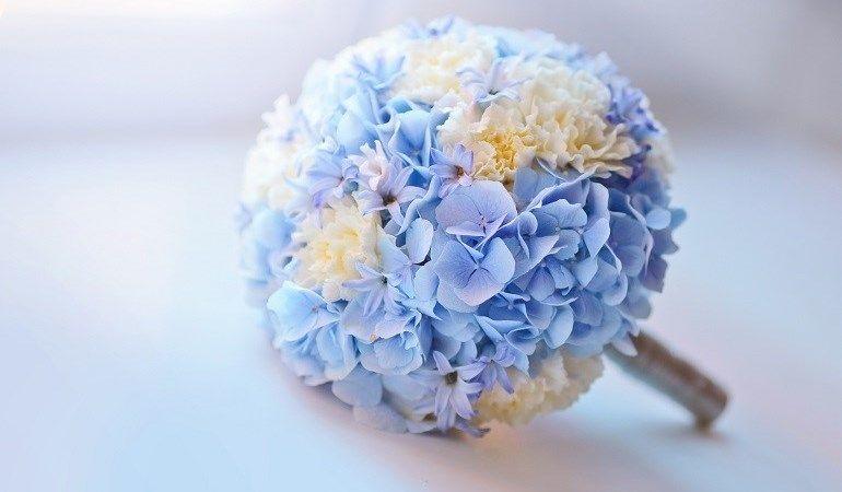 Гортензии в свадебном букете
