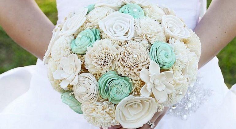 Букет невесты мятного цвета