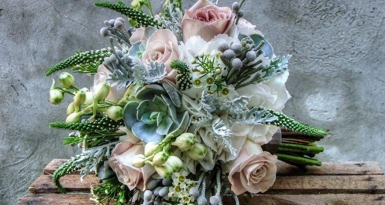 Как составить букет невесты в мятном цвете