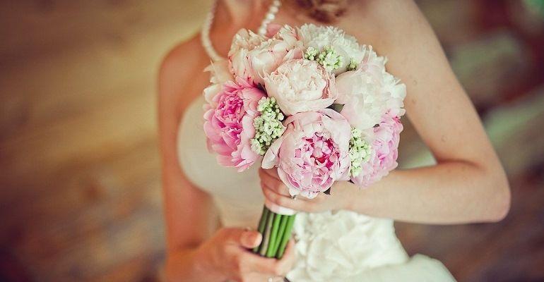 Свадебный букет с ранункулюсами