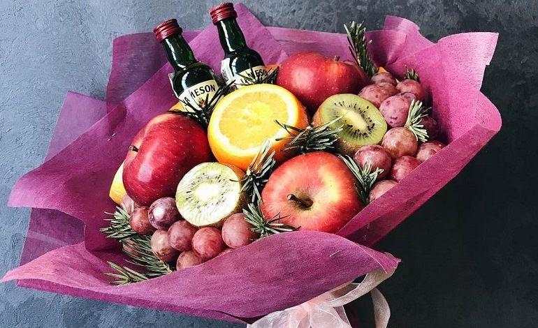 Мужской фруктовый букет