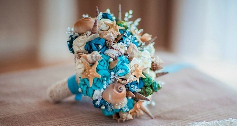 Свадебный букет в «морской» гамме