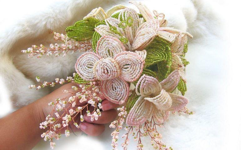 Букет невесты из бисера