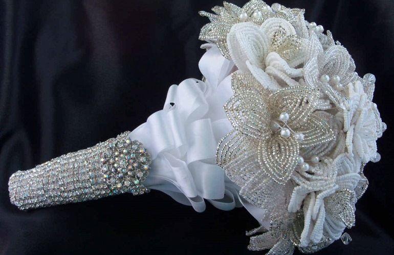 как собрать букет невесты из бисера