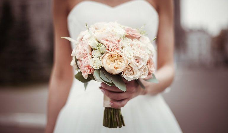 Образ невесты в пудровых тонах