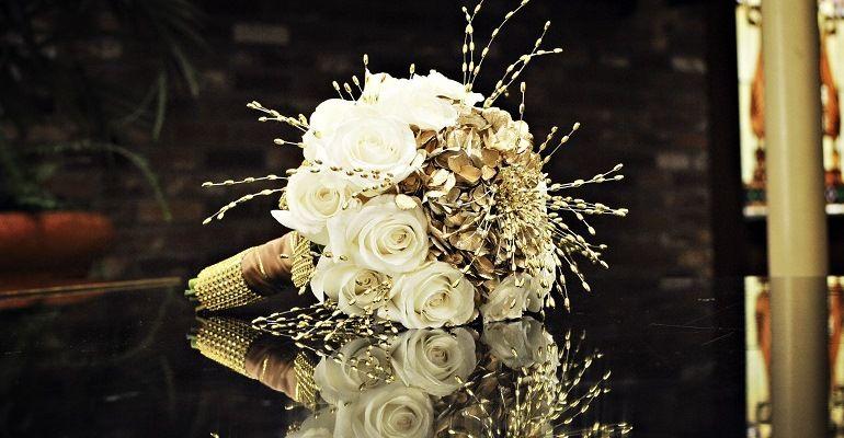Букет невесты в золотых тонах