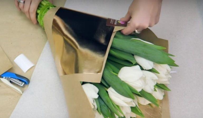 Как упаковать тюльпаны