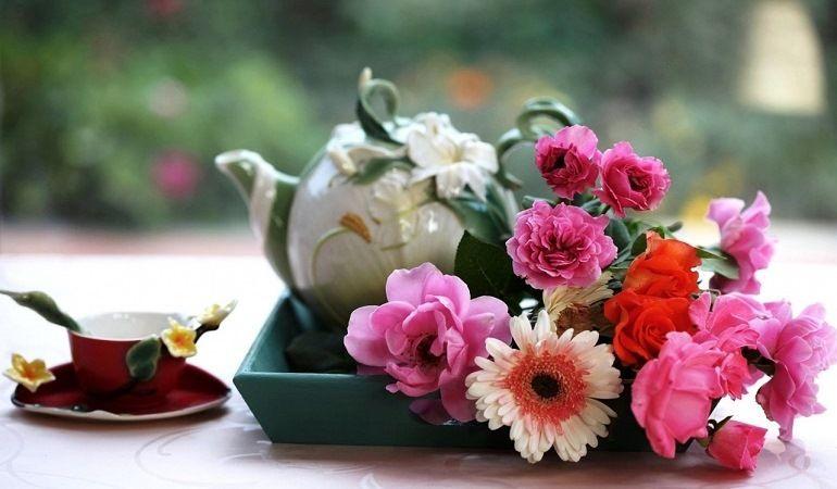 Цветочная композиция для утреннего букета