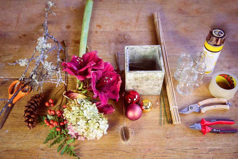 Делаем новогоднюю букет для украшения интерьера