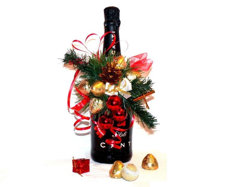 Новогодний букет из шампанского