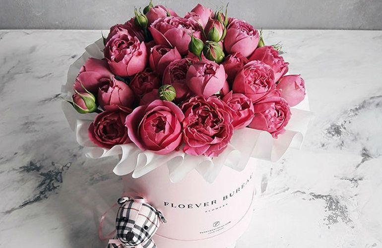 красивых букетов из роз к 8 марта
