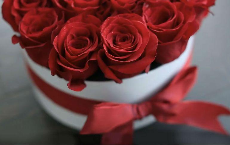 Мастер-класс по сборке букета из роз на 8 марта