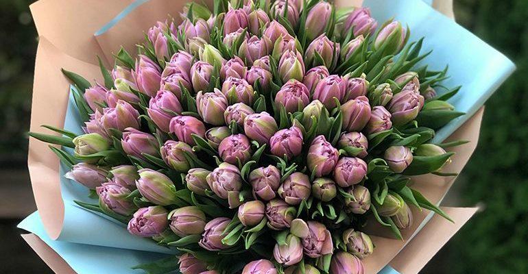 Букеты из тюльпанов на 8 марта