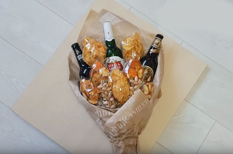 """Мастер-класс по сборке букета """"К пиву"""" для мужа на 23 февраля"""